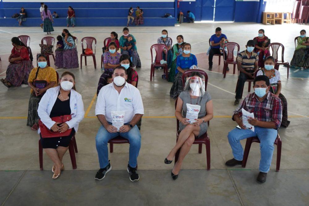 Fundación Azteca Guatemala y Asociación Buckner Guatemala