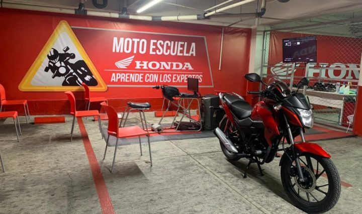 Honda Escuela