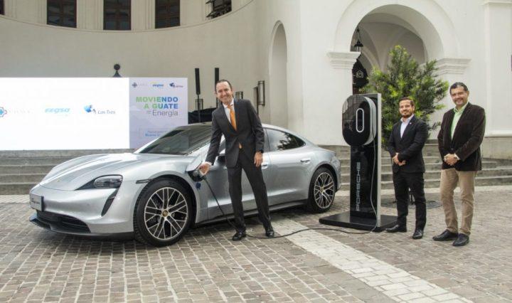 Grupo Los Tres / Porsche vehículos eléctricos