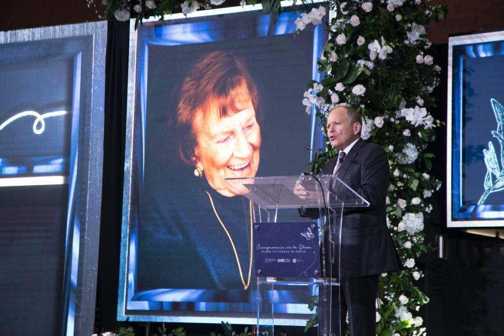 Isabel Gutiérrez de Bosch recibe homenaje póstumo