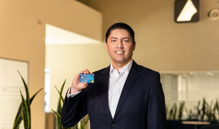 Ernesto Arrivillaga, Gerente Conticredit G&t continental y mastercard