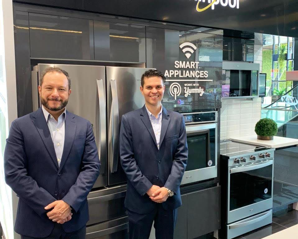 Foto oficial Whirlpool Smart Appliances cocina