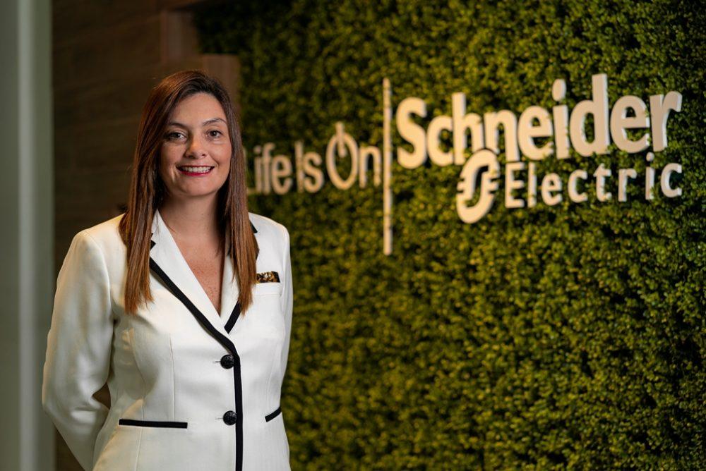 Maria José Bazo_VP Schneider Electric CAM