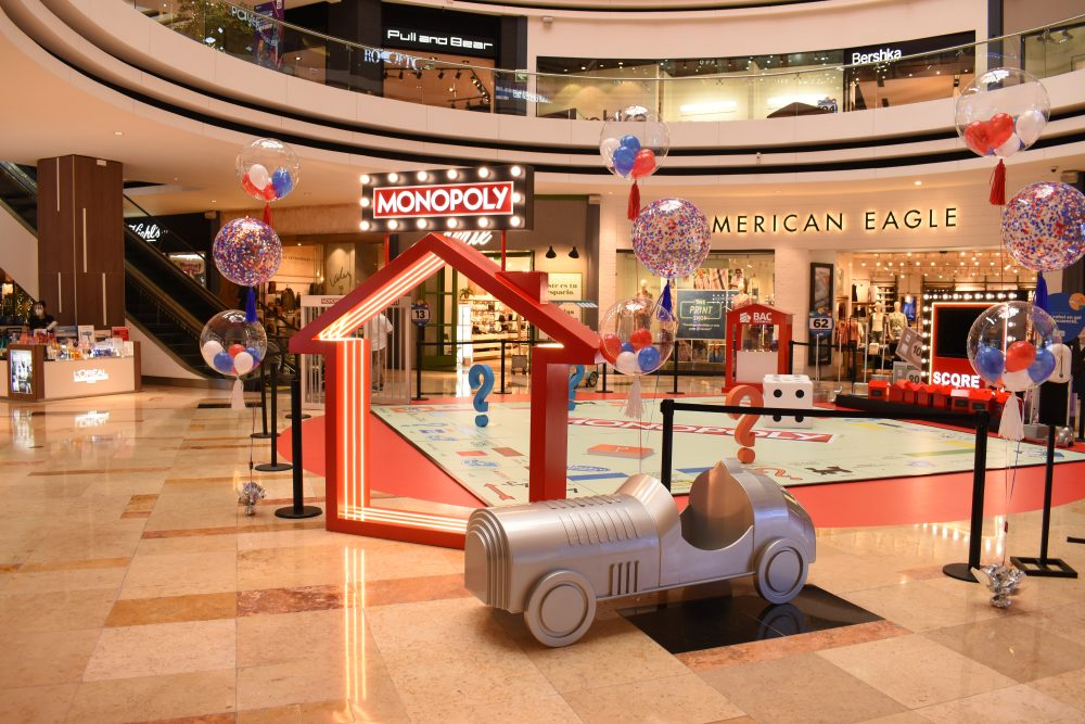 Monopoly experience by oakland mall