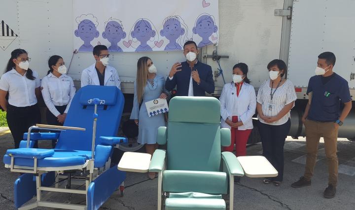 Ayudemos Todos Juntos donacion sillas medicas