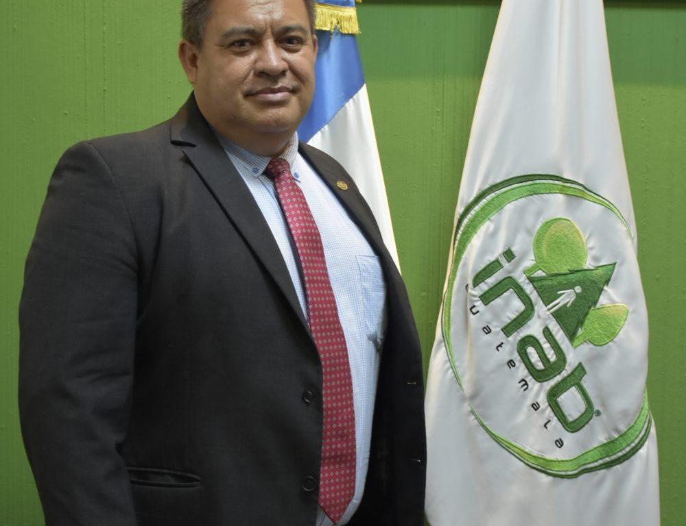 Rony Granados, gerente del INAB