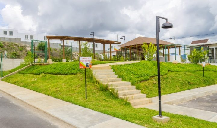 """""""Colinas del Norte 2, un residencial"""